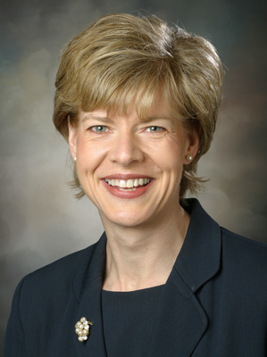 Tammy Baldwin gets Democratic leadership role in the Senate