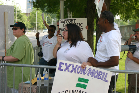 Protesters at ExxonMobil shareholders meeting