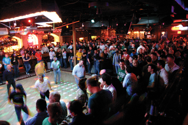 Round-Up Saloon patron accuses club of anti-Hispanic discrimination