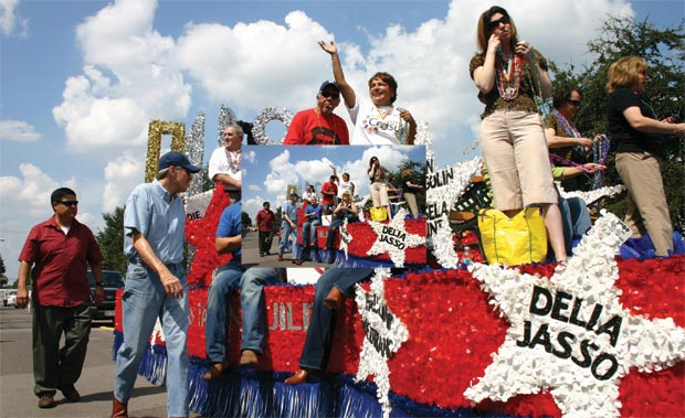 RIDE IN PRIDE | Members of the Dallas City Council ride together on a float ...