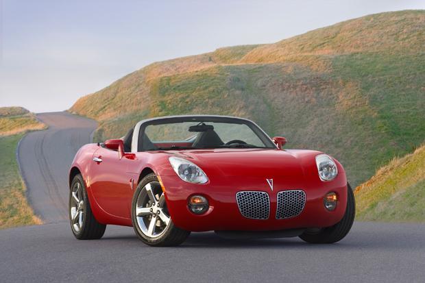 Pontiac-Solstice-GM