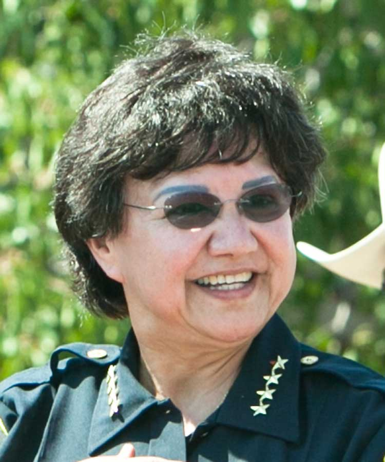 Lupe Valdez exploring run for governor