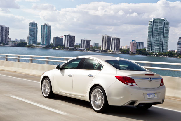 2012-Buick-Regal-GS