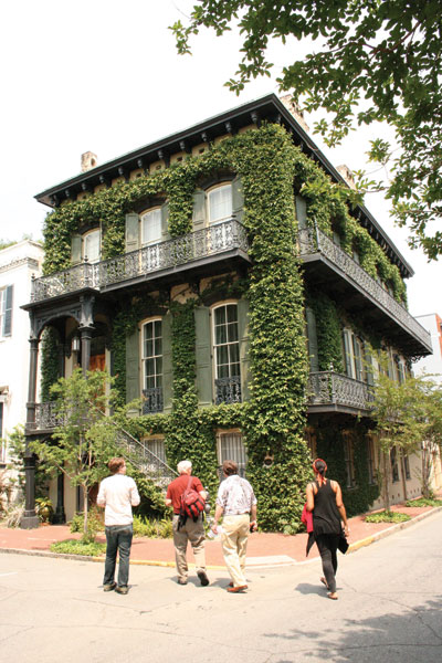 An-ivy-draped-house