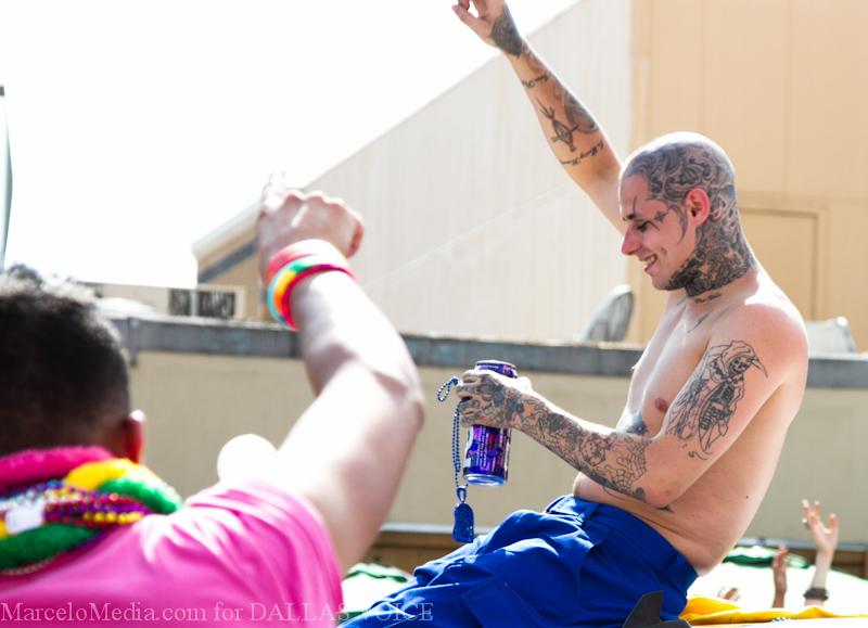 Pride2011a-104