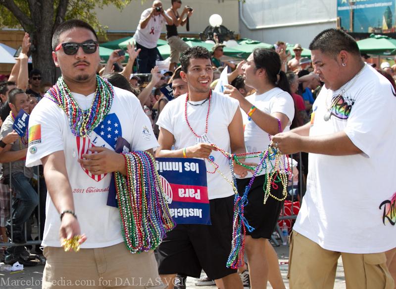 Pride2011a-135