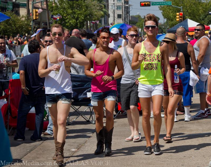 Pride2011a-32