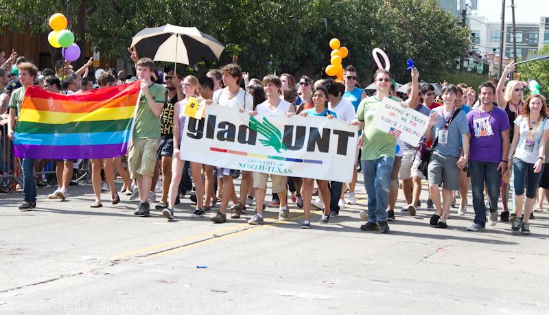 Pride2011a-7