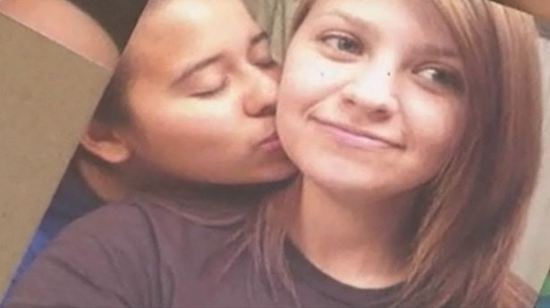 photos of teen lesbians