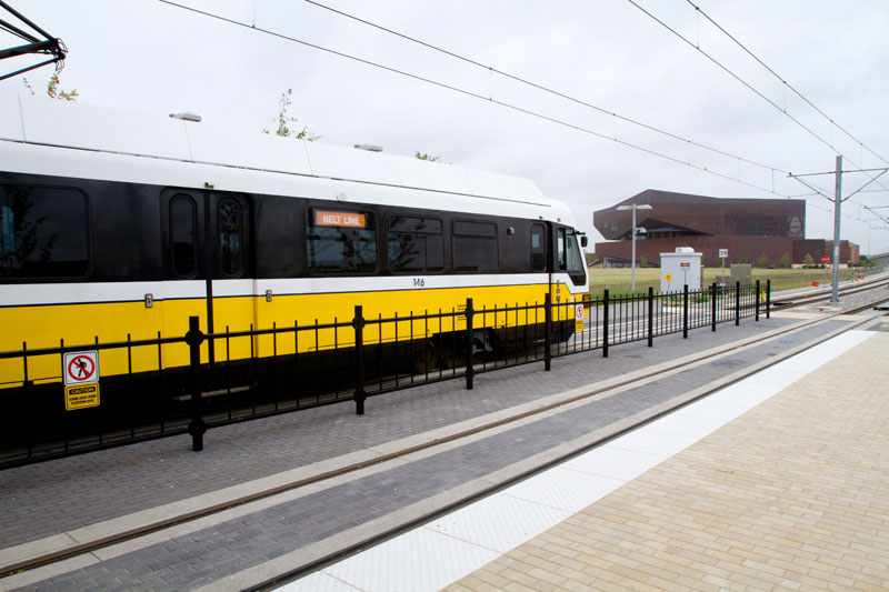 DART chair gets request for partner benefits at Orange Line opening parade