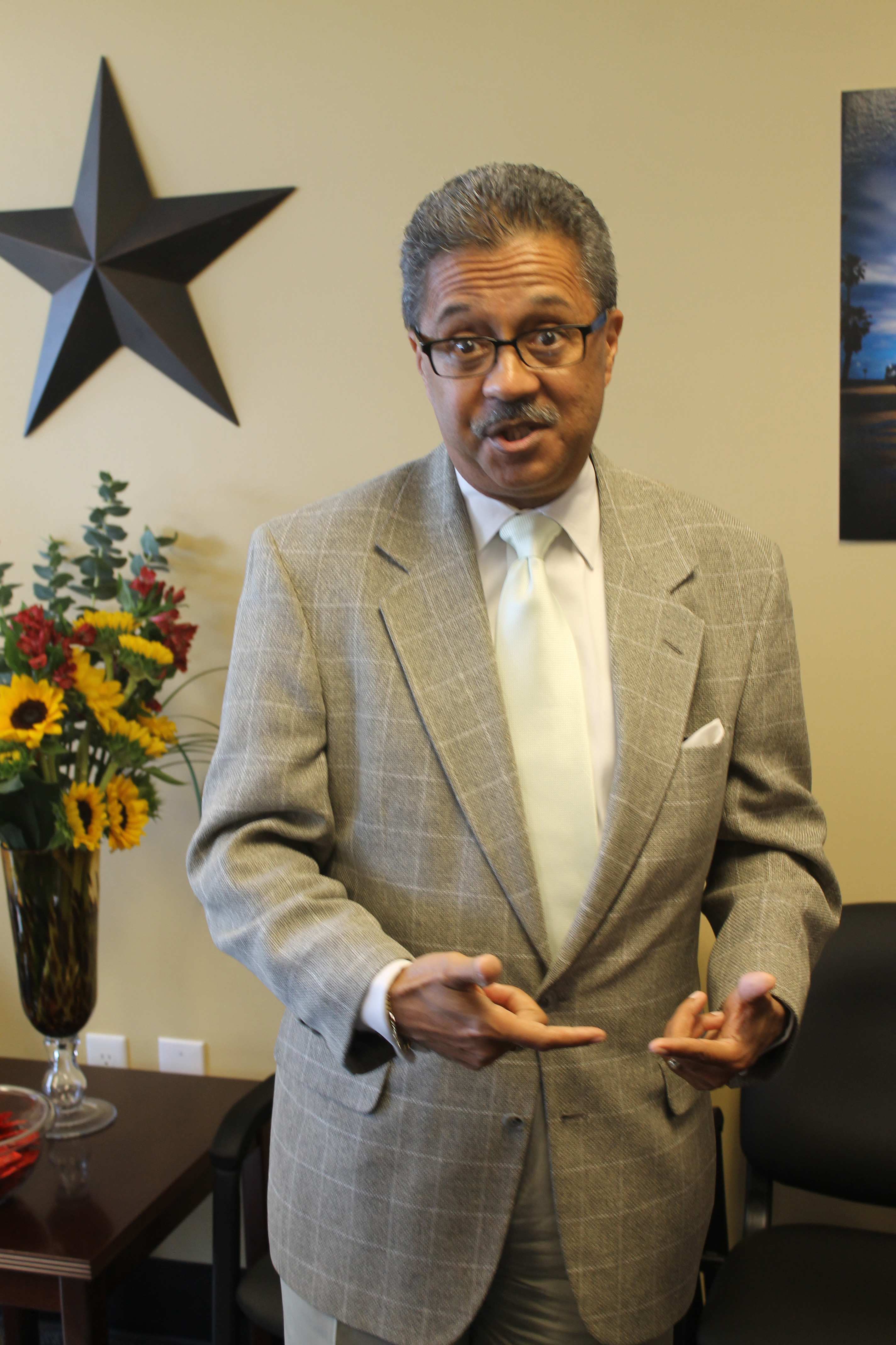 CORRECTION: Photo shows Fort Worth Councilman Frank Moss