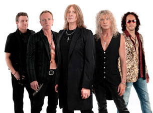 Def Leppard, Poison perform at American Airlines Center