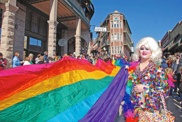 Eureka Springs becomes 1st city in Arkansas to endorse marriage equality