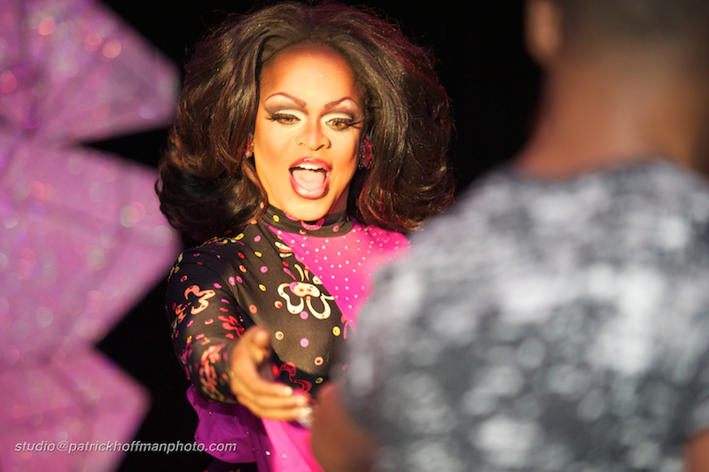 1WM_Kennedy_Davenport_Entertainment_Miss_Lonestar_USofA_2012_Copyright_Patrick_Hoffman_All_Rights_Reserved