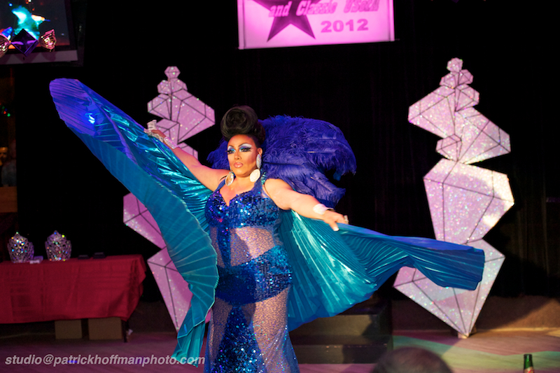 6WM_Layla_LaRue_1_Entertainment_Miss_Lonestar_USofA_Regular_and_Classic_2012_Copyright_Patrick_Hoffman_All_Rights_Reserved