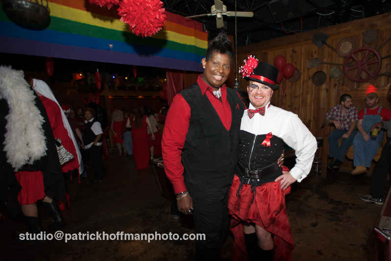 WM_Red_Dress_Party_2012_Friends_2_2012_Patrick_Hoffman_All_Rights_Reserved  1108