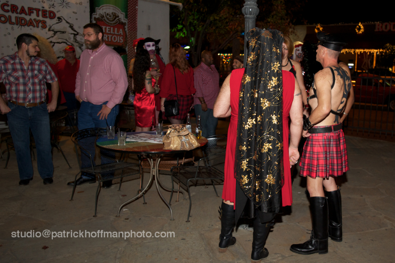 WM_Red_Dress_Party_2012_Patio_Copyright_2012_Patrick_Hoffman_All_Rights_Reserved  1103