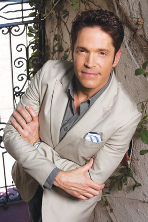 Out sax man Dave Koz at Bass Hall