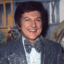 Liberace biopic 'too gay' for theaters