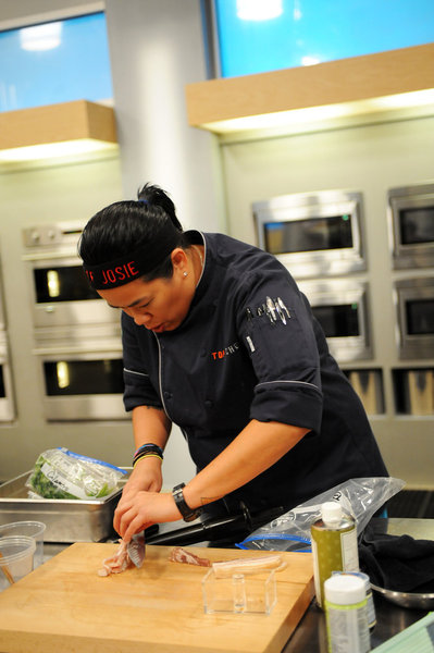 SPOILER ALERT: 'Top Chef' all-straight now, but Texan's still in running