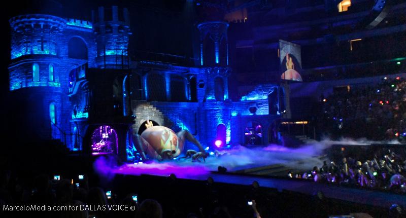REVIEW: Gaga's 'Born This Way Ball'