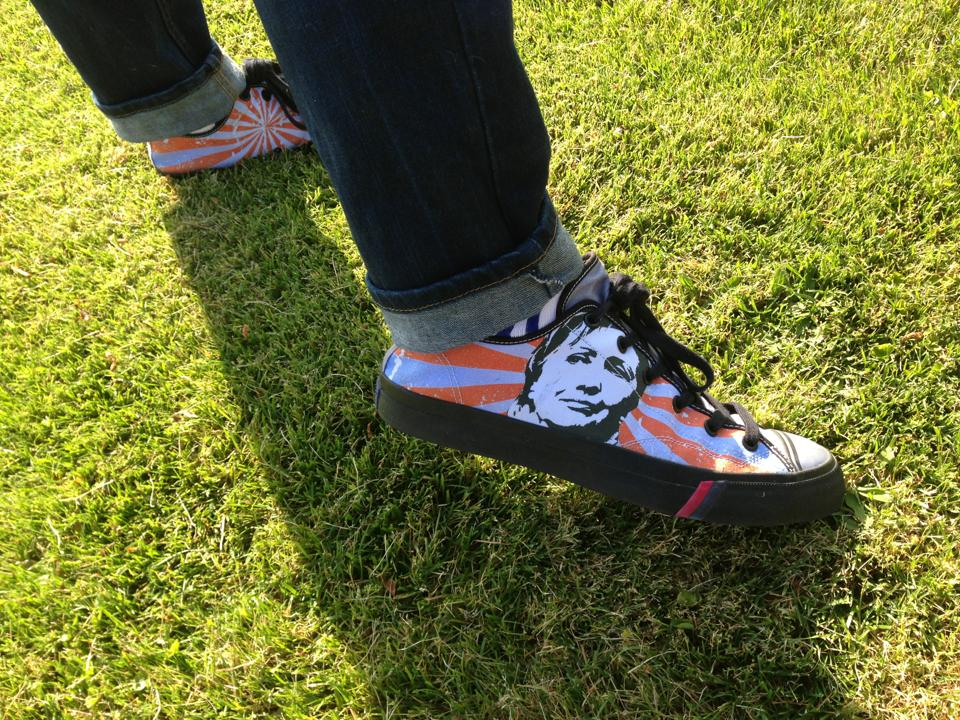 Dallas Voice's Chance Browning and his Hillary shoes urge Clinton to run