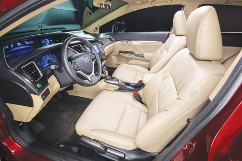2013-Honda-Civic-EX-cockpit