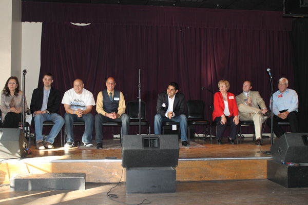 Candidates at the Dallas Gay and Lesbian Alliance's LGBT forum at Sue Ellen's on April 14. (David Taffet/Dallas Voice)