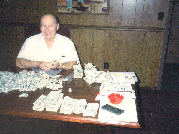 Tom Sweeney, original owner of the Round-Up Saloon, dies