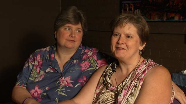 Oklahoma couples sue for marriage equality