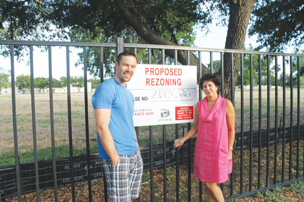 Residents fight DHA zoning change for Oak Lawn land