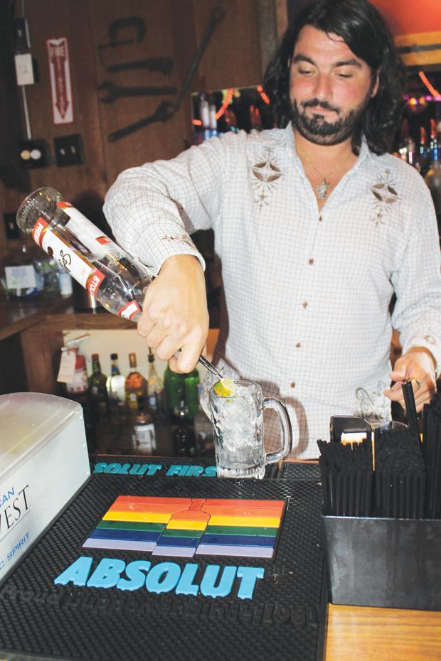 Most Dallas bars still pouring Stoli