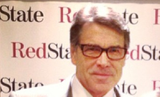 Texas Gov. Rick Perry dons new glasses but is still making the same old gaffes
