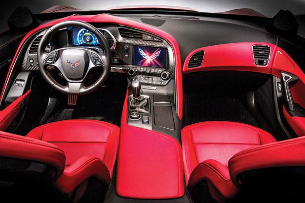 2014-Corvette-int