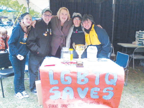 LGBTQ-Savesat-2012-Pride-picnic