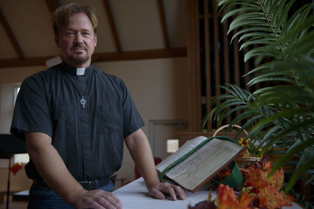 Pa. pastor defrocked over gay wedding offered job