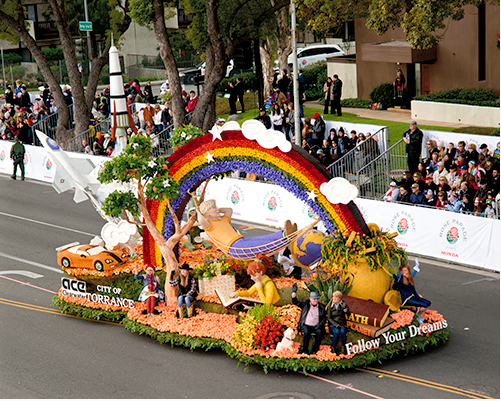 Gay couple to marry on Rose Bowl float