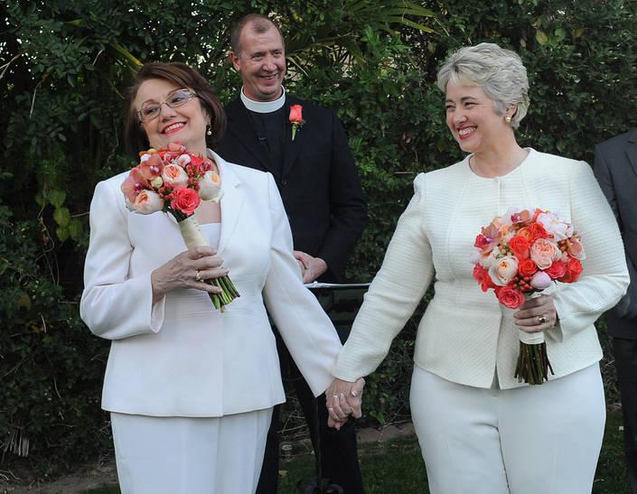 Houston Mayor Annise Parker marries longtime partner