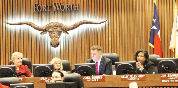 Burns steps down from Fort Worth council