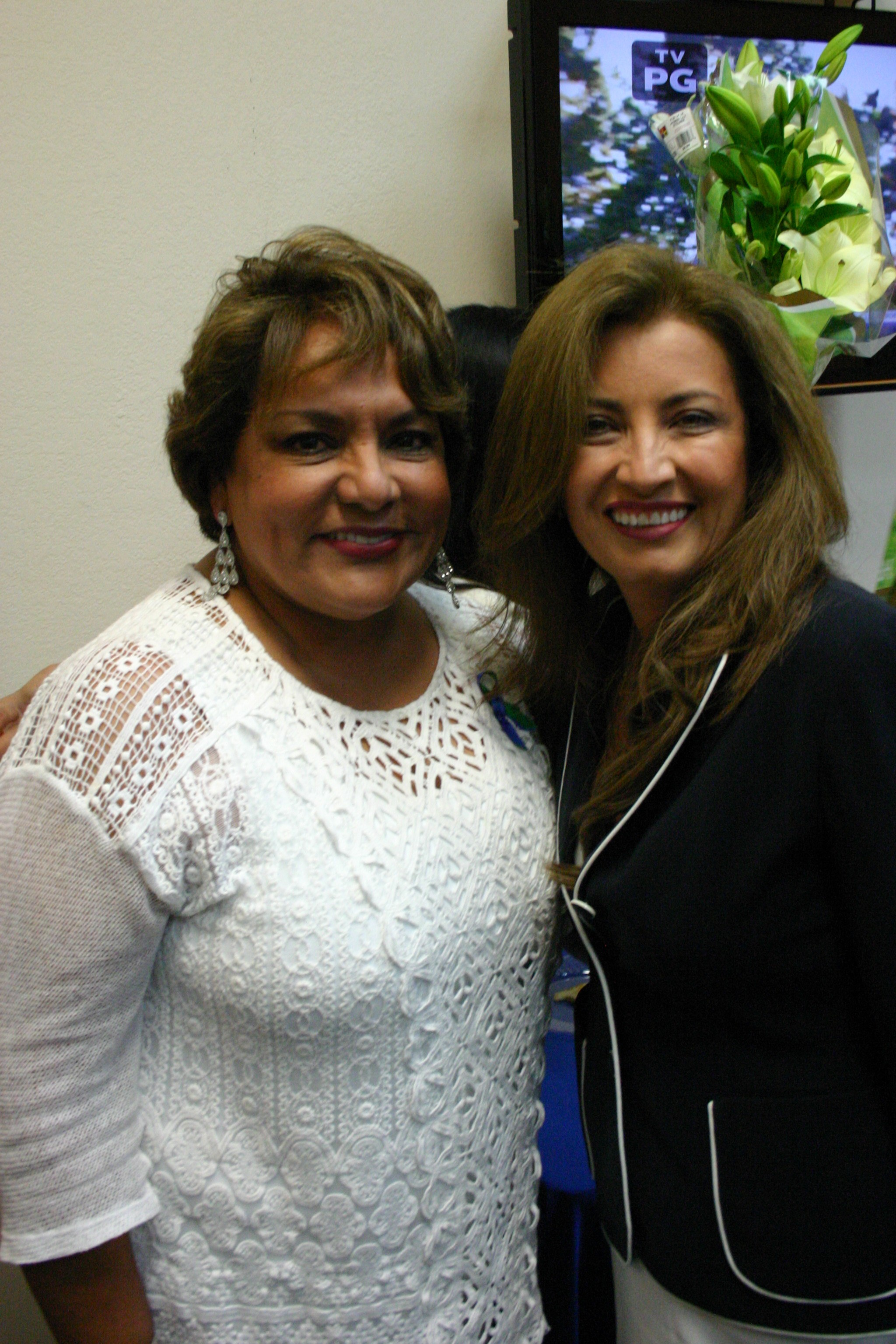 Martinez will be first out Dallas County Justice of the Peace