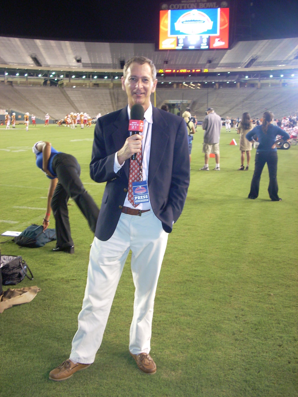 Dallas Voice sports authority David Taffet talks football on L.A.'s KPFK