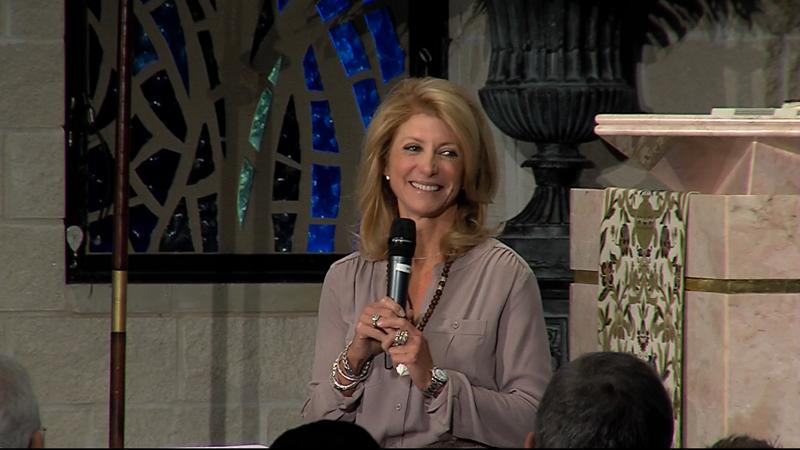 Davis addresses Cathedral of Hope