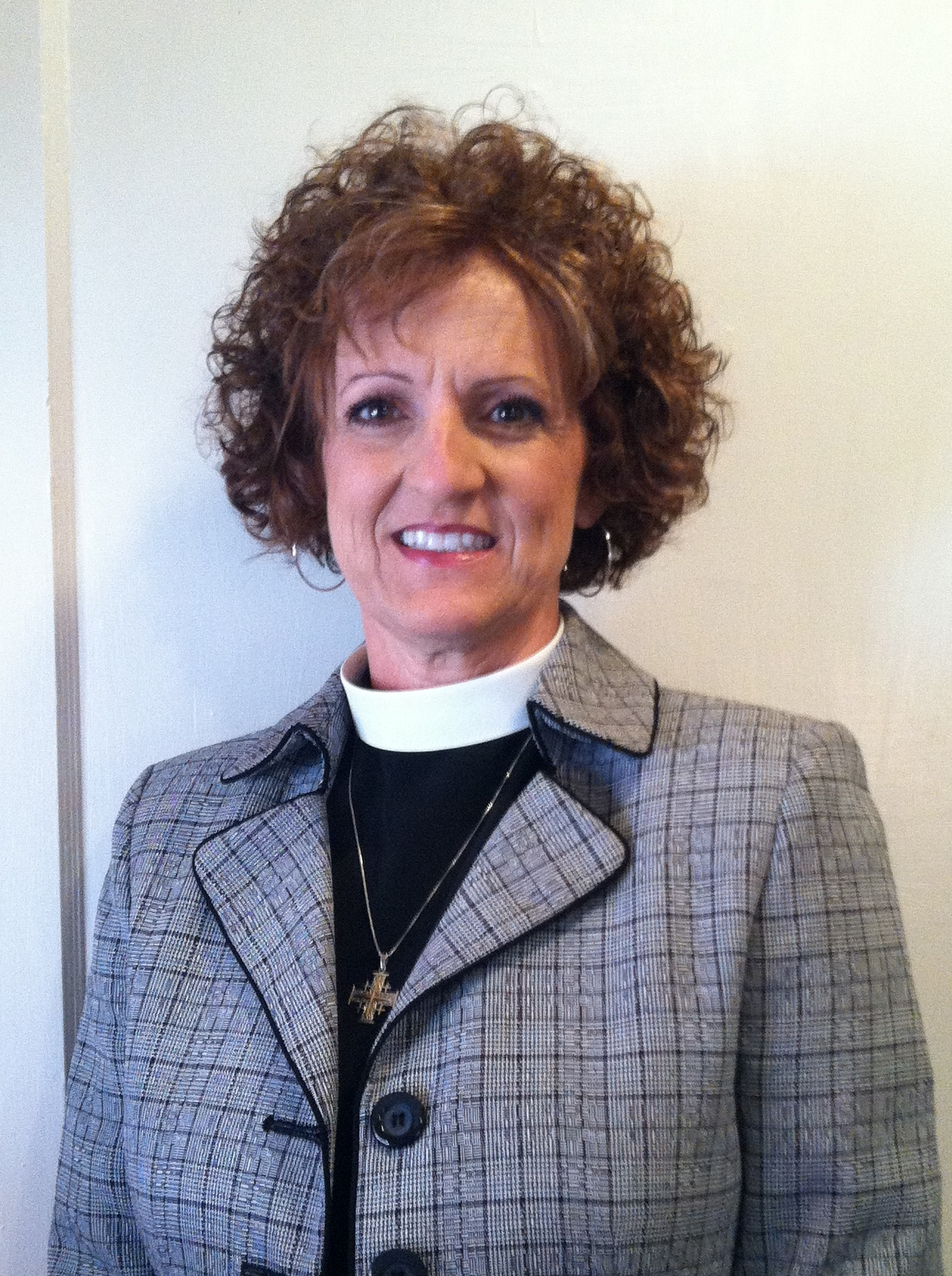 Openly partnered priest is new rector at FW Episcopal Church