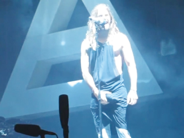 Jared Leto back on tour with Thirty Seconds to Mars