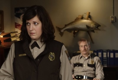 Allison Tolman (with Bob Oedenkirk in 'Fargo') will receive a Topaz Award from Women in Film Dallas.