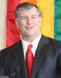 Mayor Mike Rawlings signs Mayors Against LGBT Discrimination