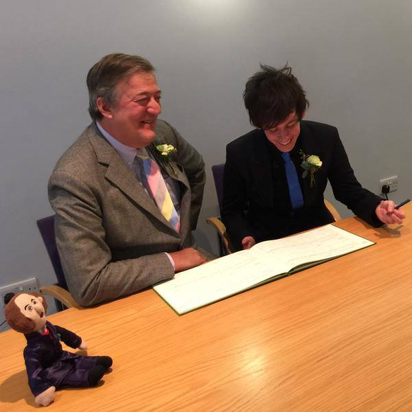 Stephen Fry married the man of his choice, and the haters still hate … sometimes even the gay ones