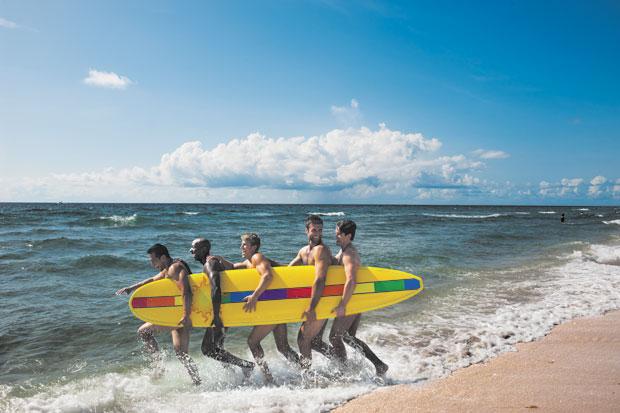 GAY-SURFBOARD