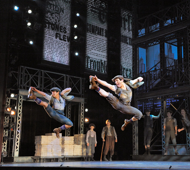 NEWSIES_Photo_by_Deen_van-Meer