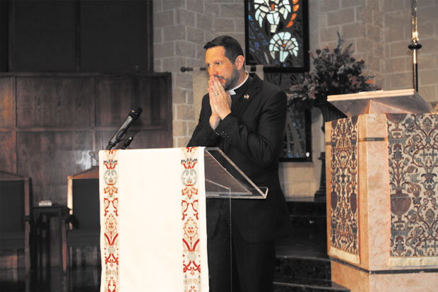 Cathedral elects new senior pastor